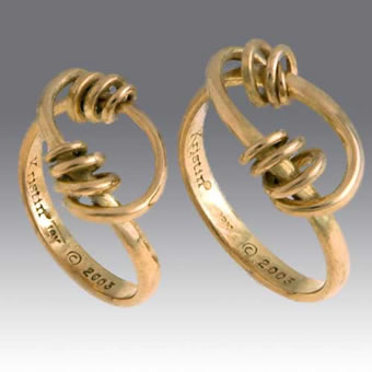 18K Spiral Twist Ring Set